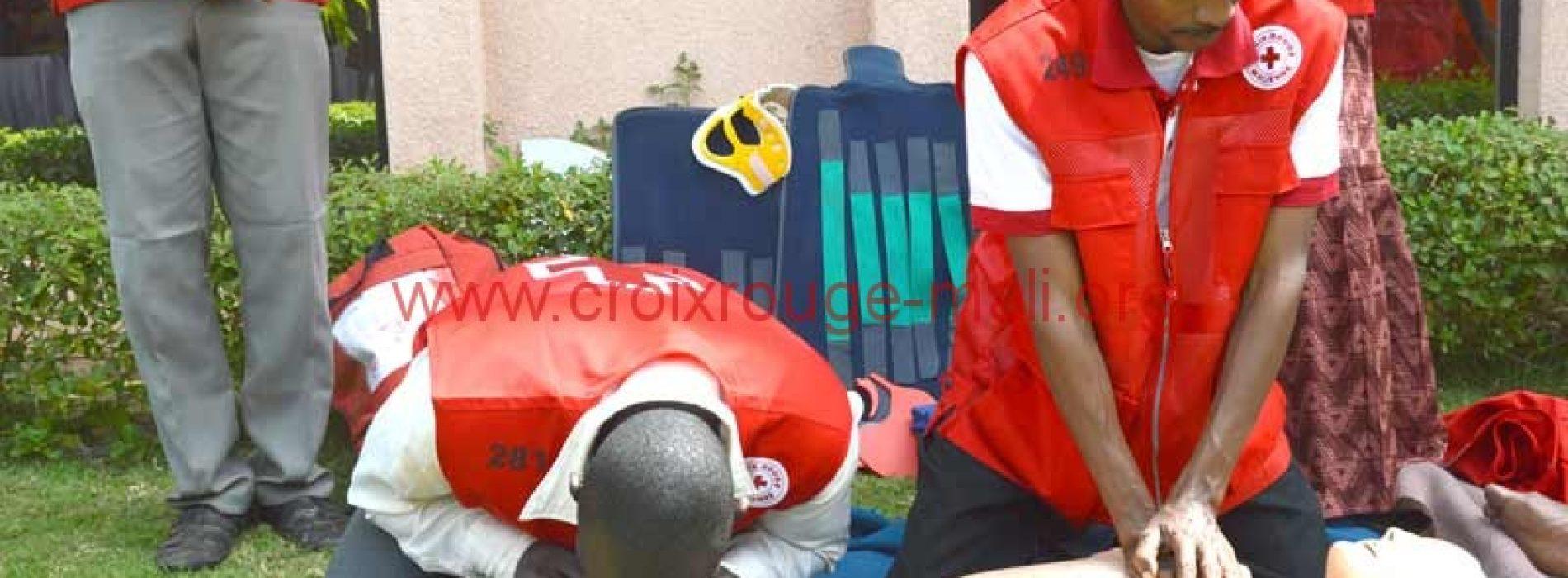 Forum international sur la sécurité et la santé au travail : la Croix-Rouge Malienne fait la promotion du secourisme pour la maîtrise des risques en milieu professionnel